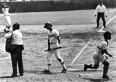baseball03-10b.jpg