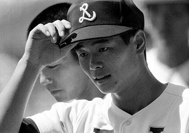 baseball06-12b.jpg
