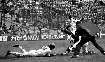 baseball07-10b.jpg
