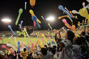 baseball08-09b.jpg