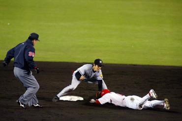 baseball08-12b.jpg
