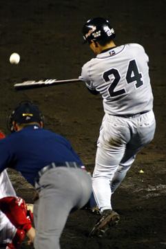 baseball08-13b.jpg
