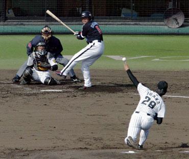 baseball09-15b.jpg