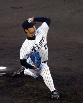baseball10-04b.jpg