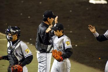 baseball11-06b.jpg