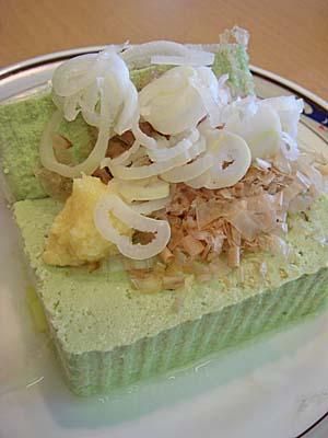 アカコッコの明日葉豆腐
