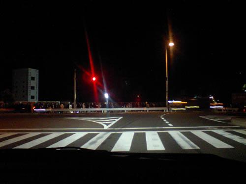 午前4時。東館周辺。