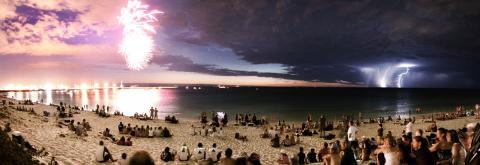 fireworkstarlightning
