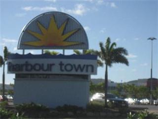 harbourtown2.jpg