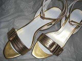 gold-sandal01.jpg