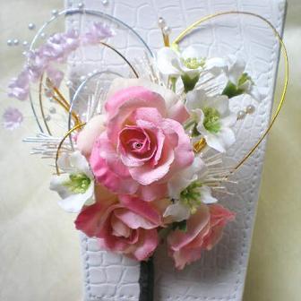 ピンクバラの髪飾り