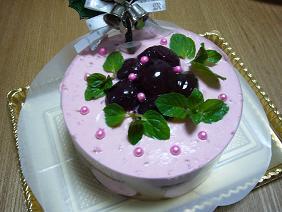 ラズベリーとチェリーのケーキ