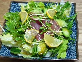 マグロの刺身サラダ