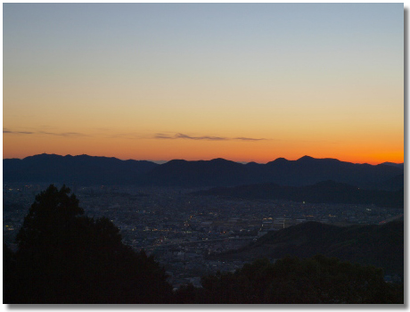 山頂からの夕陽