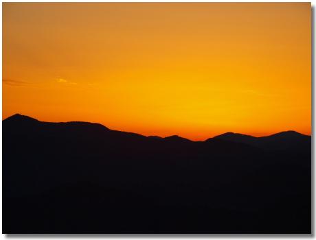 山頂からの夕陽2