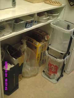 食品棚下整理後