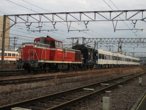 松浦鉄道MR600形