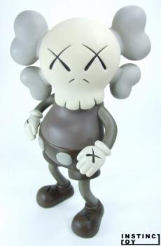 kaws-first-companion-02.jpg