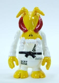 skullbee-01.jpg