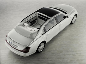 Maybach Flaunts a Four071218