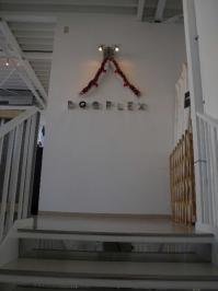 DOGPLEX 階段
