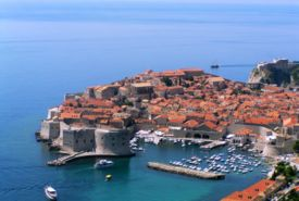 275px-Old_town_of_dubrovnik.jpg