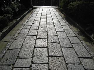 光る石畳~妙福寺~