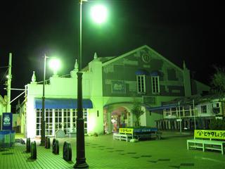 夜の犬吠駅
