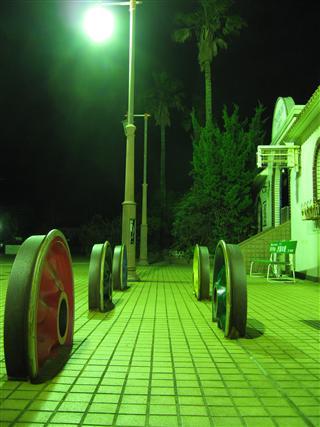 犬吠駅の車輪オブジェ