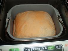 3回目 ホシノシンプル食パン 焼き上がり前