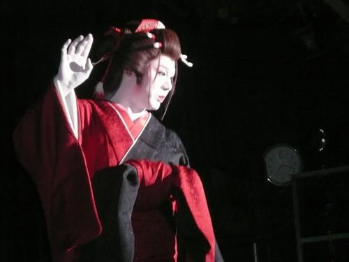 伍代孝夫 (48)