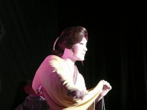 伍代孝夫 (75)