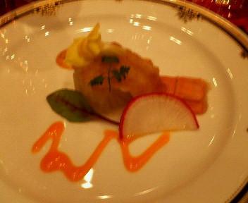 海幸のタルタル白菜のコンフィ巻きアカザ海老マリネ添え