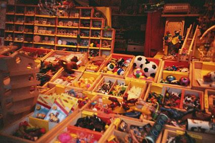 クリスマスマーケットのおもちゃ