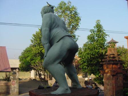 お相撲さんの後ろ姿