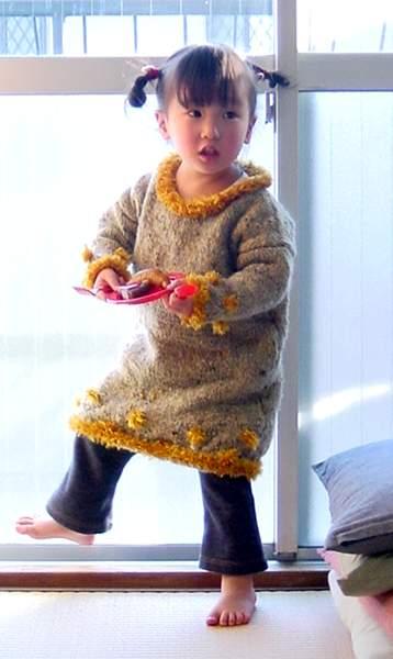 20060213165912 のんこ母作セーター着用 3歳.jpg