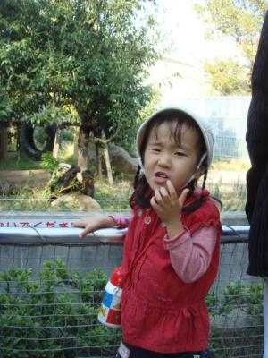 2007.11.10 パンダ前で3