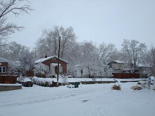 家の裏がわ。除雪すらされてない