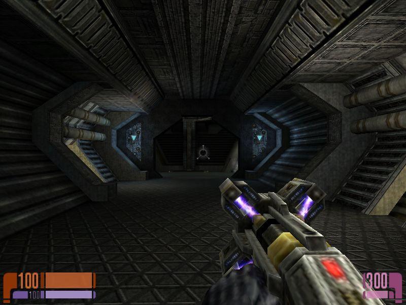 新武器Dreadnought Weapon。Quakeシリーズでいうライトニングガン。