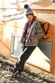 *model:akina*