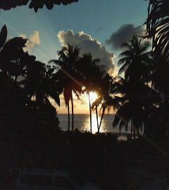 ホテル前の夕日