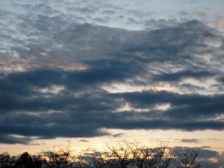 今日もまた日が昇る
