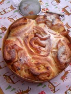 カラメル仕立てのアップルブレッド 焼いた後