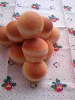 ミニミニチーズパン 山重ね