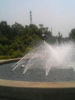 関大 噴水