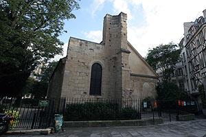 サン・ジュリアン・ル・ポーヴル教会