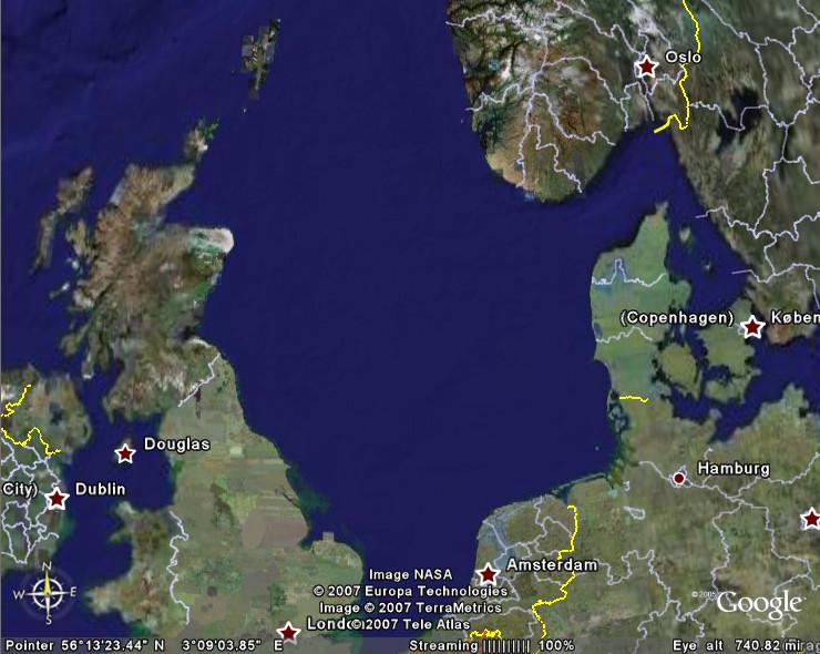 ロシア空母艦載機、北海で訓練を...