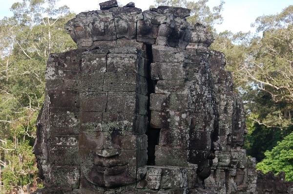 10_cambodia_angkor_052.jpg