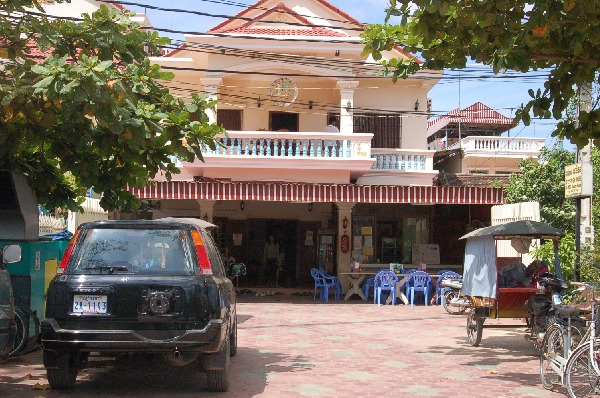 10_cambodia_angkor_084.jpg