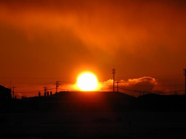 新しい年の新しい明日への夕陽~